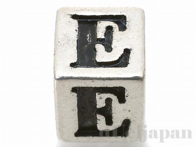 アルファベットパーツ【E】キューブ6mm